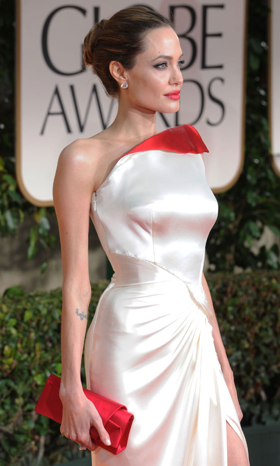 angelina joliea golden globes 2012