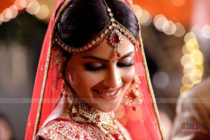 Indian Bridal Makeup Pictures !
