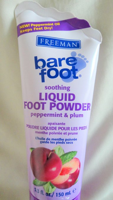Freeman Peppermint and Plum Soothing Liquid Foot Powder
