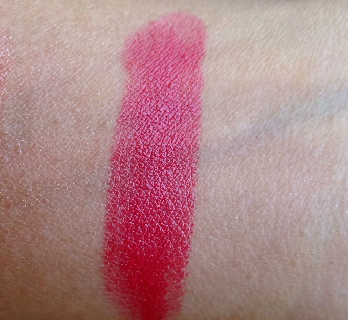 Mac Speak Louder Lipstick : Swatch and Review