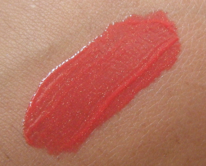 Lotus Herbals Seduction Lip Gloss in Winterberry Crush